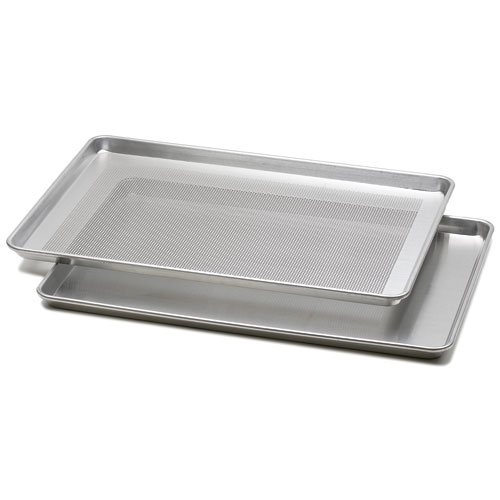 Aluminum Baking Pans Nordic Ware Natural Aluminum